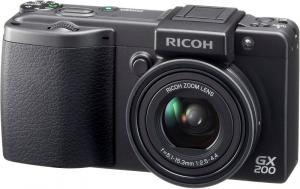 ricoh gx200 compact digital camera