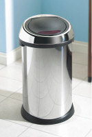 Branbantia sensor bin in kitchen setting