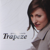 Georgia Mancio Trapeze