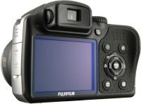 FujiFilm S8100fd Digital SLR camera - rear view controls