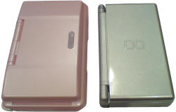 Nintendo DS Lite and the original - comparison