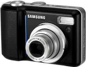 Samsung S800 digital camera front view